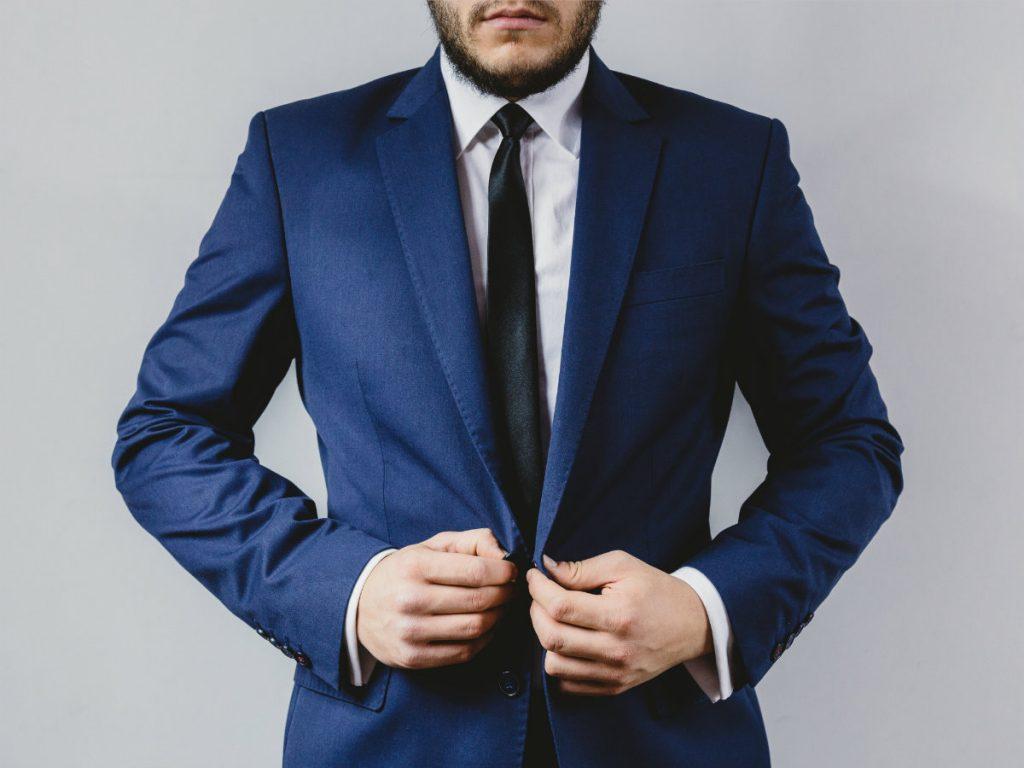 Moadiario suit-portrait 1200x900