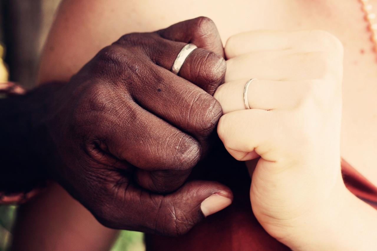 Moadiario relaciones de parejas diferentes